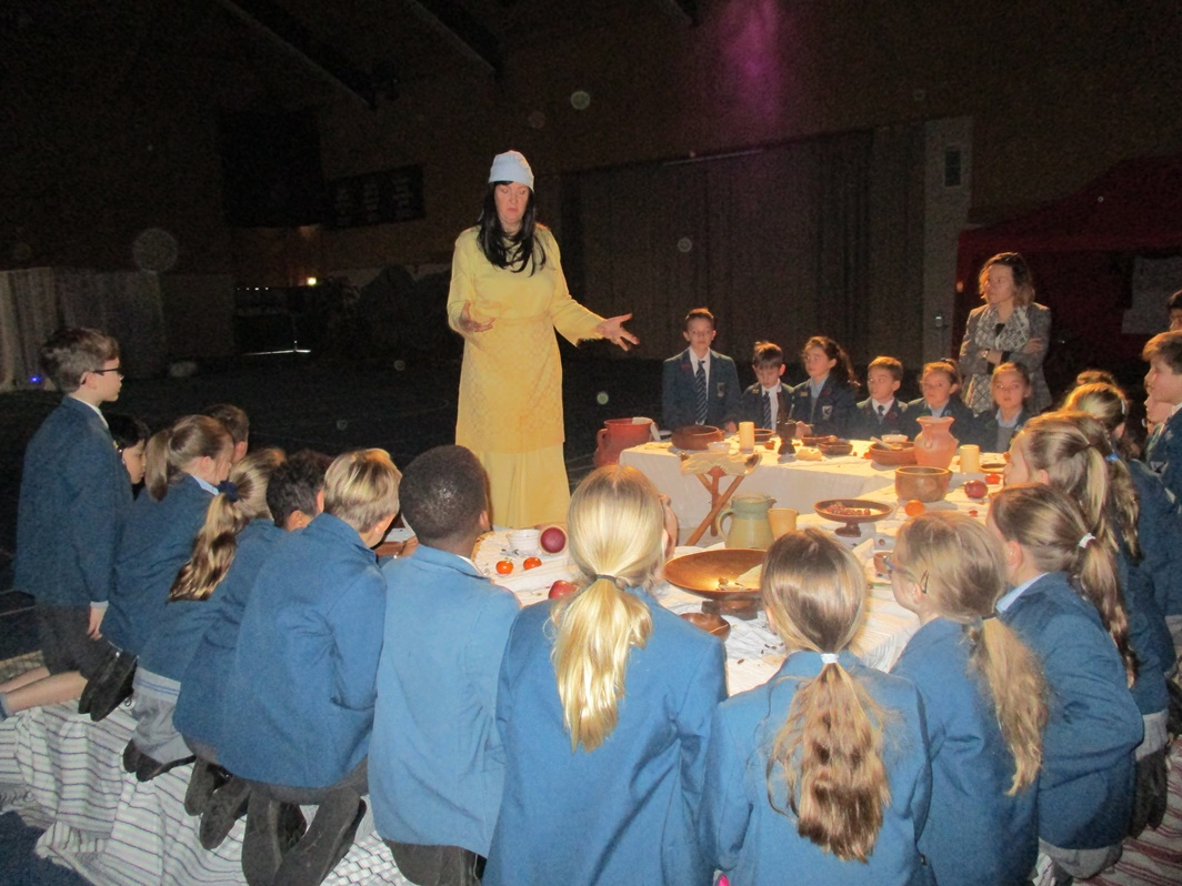 Year 5 Attend Easter Experience